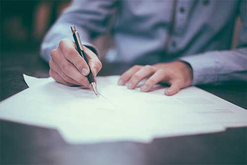 Contracts-&-Agreements-Law-in-Vancouver